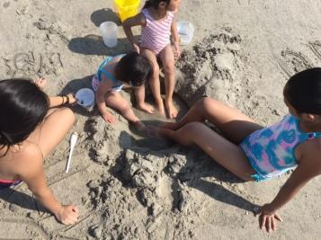 2017-betamomma-sunblock-beach-sand
